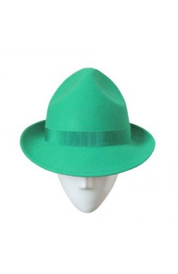 TRILBY WITH 3 HOLES